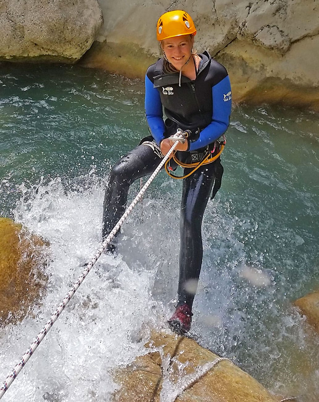 CANYONING DANS LE GOURS DU RAY